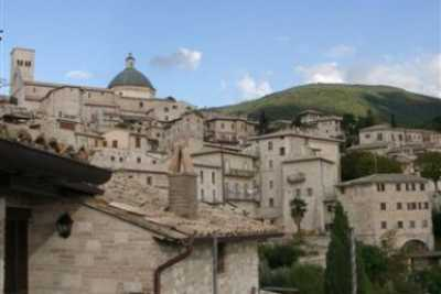 Book now your vacation in Assisi in Umbria in this magnificent 19-bed exclusive residence in Assisi in the province of Perugia in Umbria rent