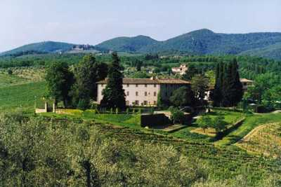 Exclusive vacation castle in Castelnuovo Berardegna, Chianti Tuscany with apartments for rent with private pools and tennis court