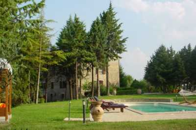 farmhouse with pool for rent in Perugia in Umbria
