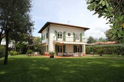 Book now your holiday in Lucca, villa for rent in Forte dei Marmi, Lucca inTuscany, villa in Forte dei Marmi in the Imperial Rome area near the beache